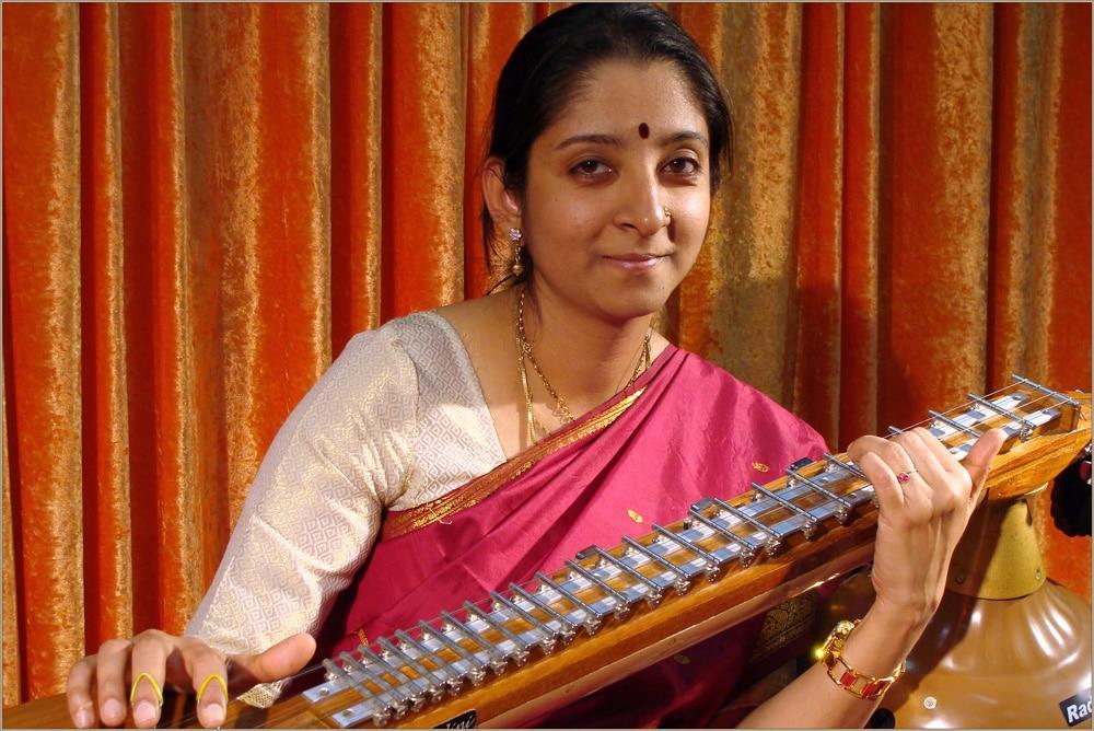 Hero-Image-1---Veena-ajyashree-DSC00148